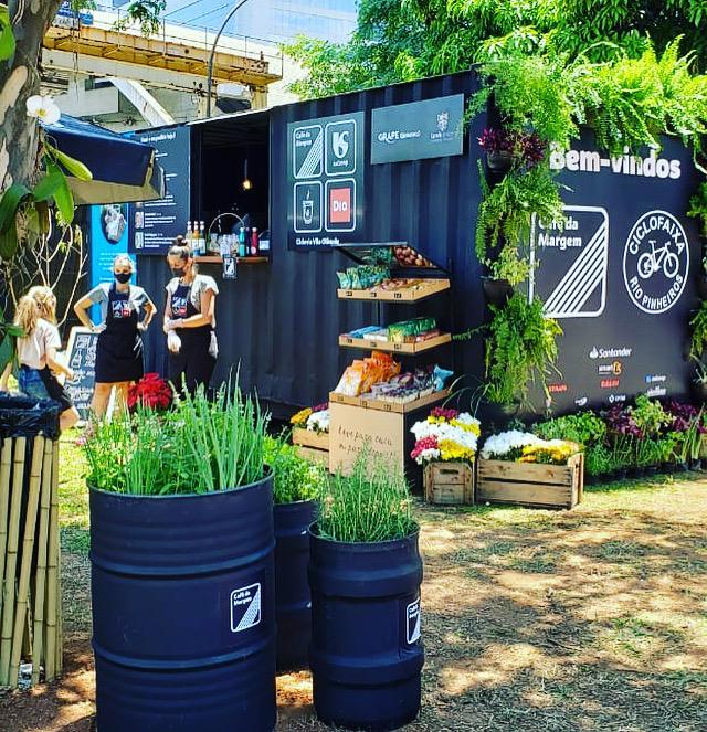 Café da Margem – às margens da ciclovia no Rio Pinheiros